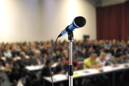public speaking tradizionale vs online